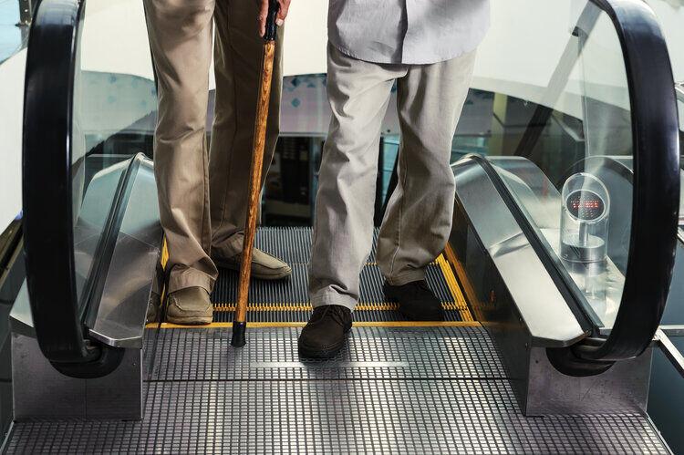Escalator assistance using smart sensors