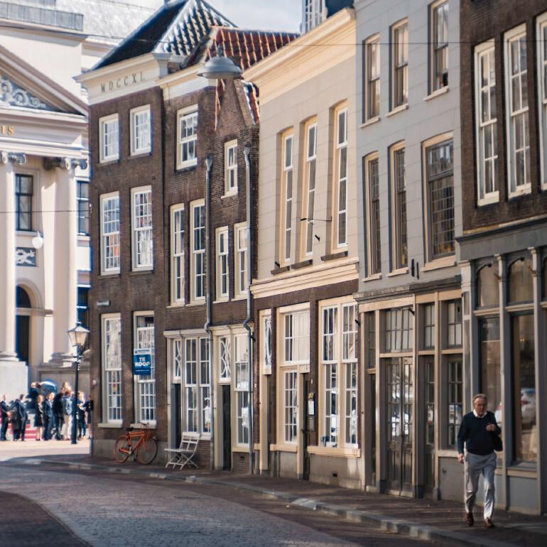 Enhance urban planning from human use pattern data